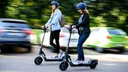 gallery/electric scooter trial